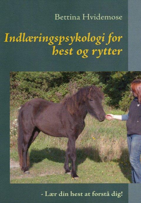 Bog: Indlæringspsykologi for hest og rytter – lær din hest at forstådig!